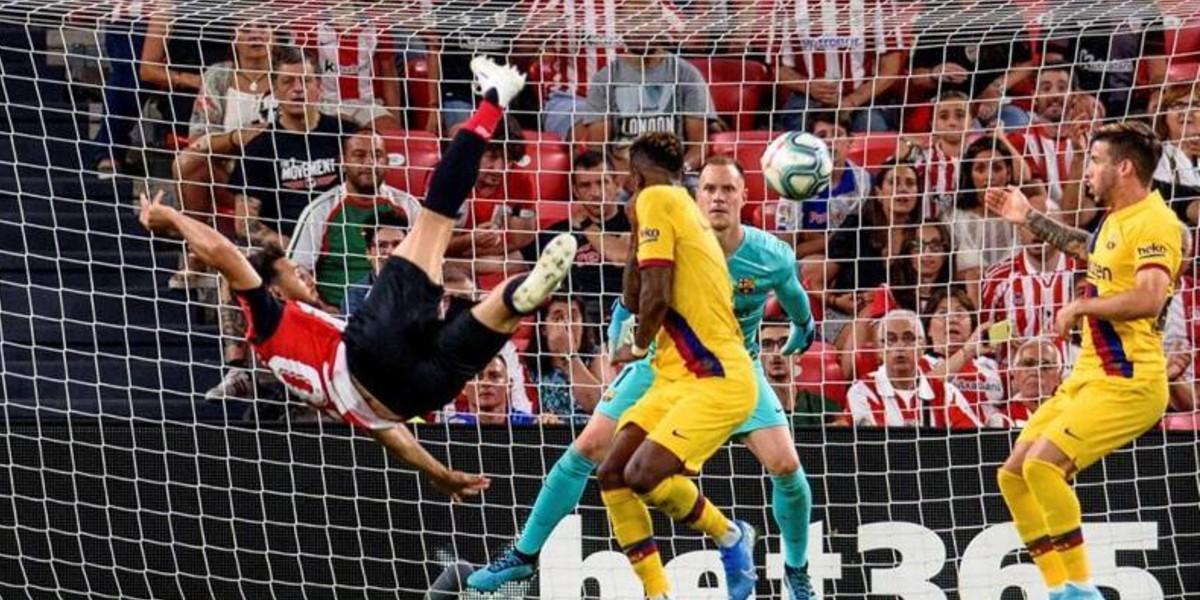 """صورة """"قاهر"""" برشلونة يعتزل كرة القدم"""