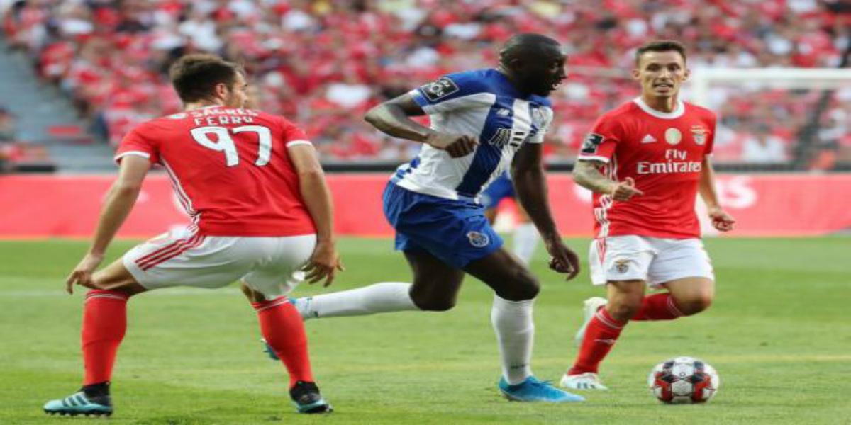 Photo of بنفيكا البرتغالي يضم ثلاثة لاعبين جدد الى صفوفه