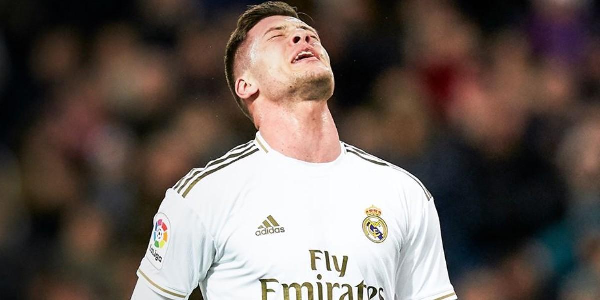 صورة إصابة نجم ريال مدريد بكسر في رجله اليمنى