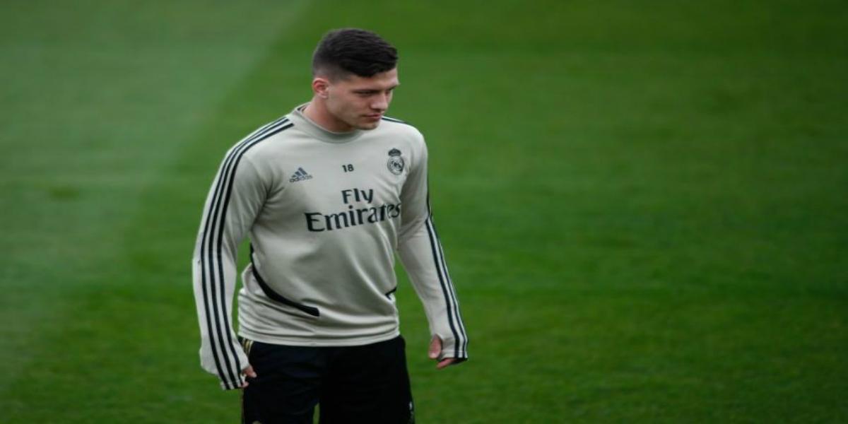 صورة زيدان يحدد مستقبل يوفيتش مع ريال مدريد
