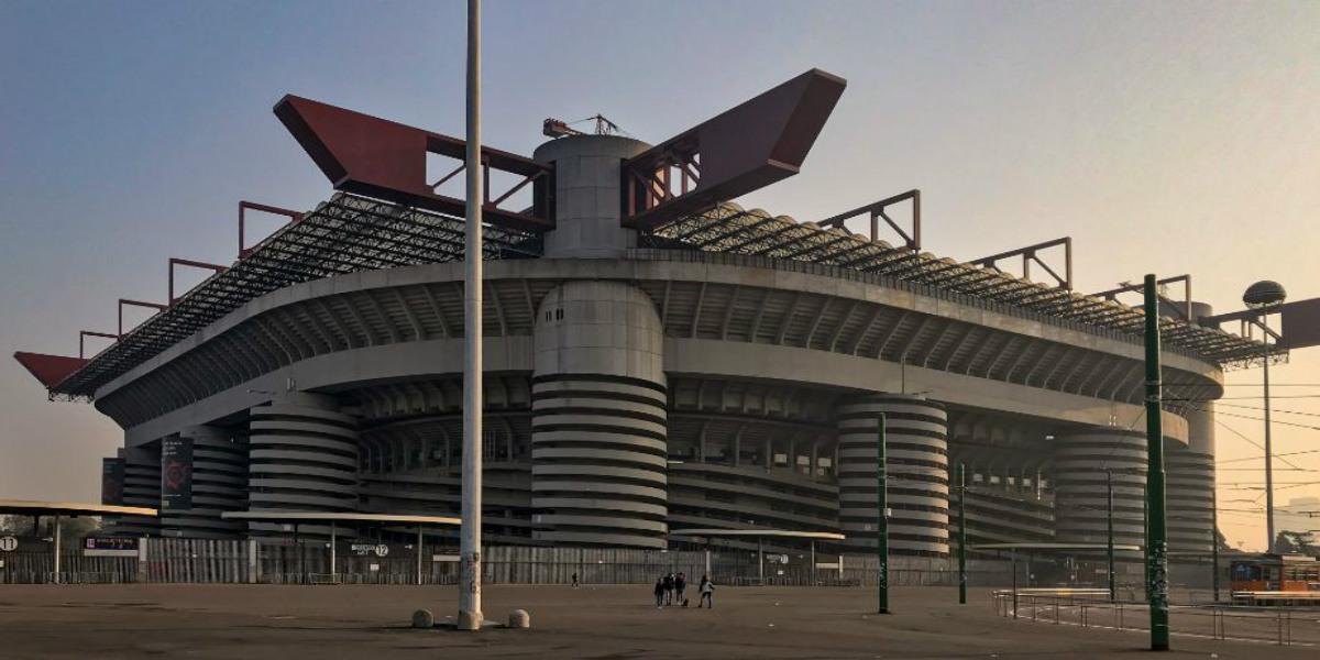 """صورة ملعب """"سان سيرو"""" في ميلانو مهدد بالهدم"""