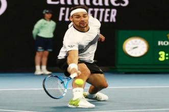 لاعب التنس الإيطالي فونيني يخضع لجراحة في كاحليه