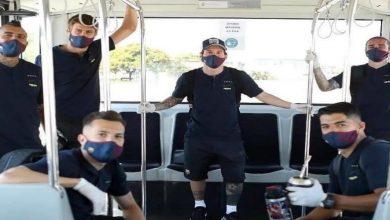 صورة قبل مواجهة مايوركا..لاعبو برشلونة بكمامات وقفازات ويطبقون التباعد الاجتماعي
