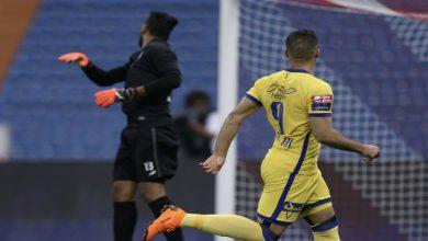 صورة حمد الله يُسجل هدفين ويساهم في فوز النصر بسداسية-فيديو