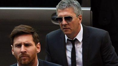 صورة وصول والد ميسي إلى برشلونة تأهبا لاجتماعه مع الإدارة
