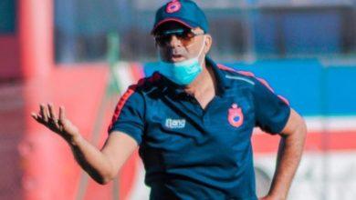 صورة مكونات كرة القدم المغربية تؤازر المدرب السكيتوي في محنته الصحية