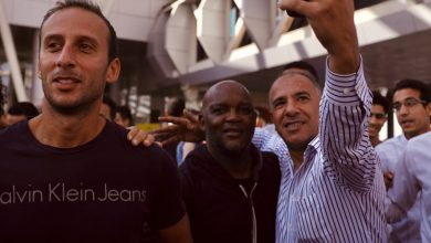 صورة موسيماني يصل إلى القاهرة لقيادة الأهلي