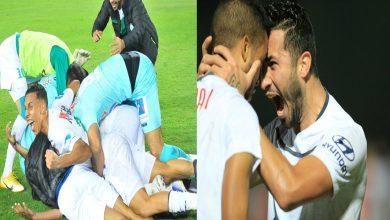 """صورة إثارة الأنفاس الأخيرة من """"البطولة"""" تثير إعجاب المتابعين وصحيفة أجنبية:"""" الدوري المغربي هو الأقوى عربيا"""""""