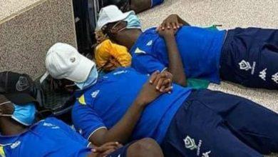 """صورة أول تعليق من """"الكاف"""" بعد واقعة المنتخب الغابوني في المطار"""