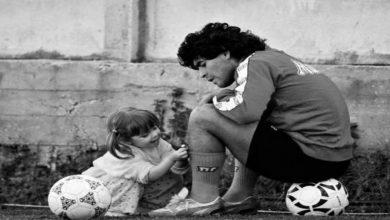 """صورة رسائل الوداع تتقاطر ونابولي يعلق بـ: """"حان وقت البكاء وستكون هناك كلمات فيما بعد"""""""