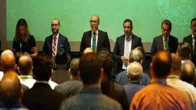 صورة الزيات يتمسك بقرار استقالته والمنخرطين يقترحون موعدا جديدا للجمع العام