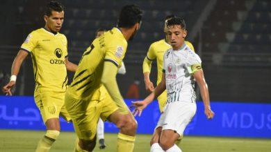 صورة المغرب الفاسي يعود بفوز ثمين من قلب الجديدة أمام الدفاع المحلي