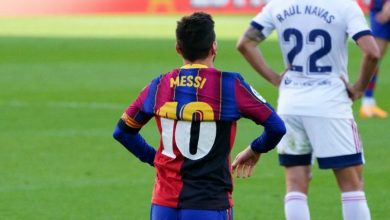 صورة ابن مارادونا يطالب بإلغاء الرقم 10 في برشلونة