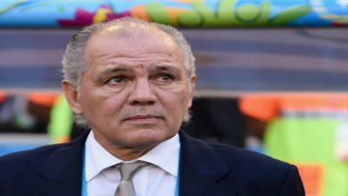 صورة بعد مارادونا.. وفاة المدرب الأرجنتيني أليخاندرو سابيلا