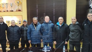 صورة مدرب الجيش الجديد يجتمع بالإدارة التقنية للنادي