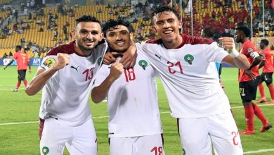 """صورة لاعب المنتخب المغربي يهدي لقب """"الشان"""" لروح محمد أبرهون -صورة"""