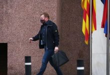 صورة إدارة برشلونة تحسم قرارها وتحدد مصير كومان مع الفريق