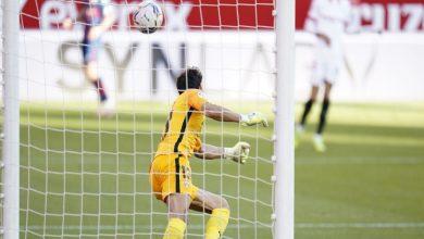 صورة بمشاركة الثلاثي المغربي.. الحدادي يسجل هدف إشبيلية وبونو يتألق حاصلا على رجل المباراة