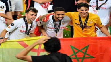 صورة الثنائي المغربي حاضر في تشكيلة إشبيلية أمام فالنسيا