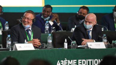 """صورة إنفانتينو يُهنئ فوزي لقجع على انتخابه في مجلس الـ""""فيفا"""""""