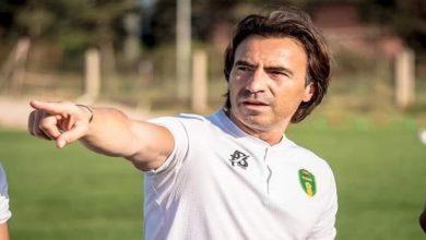 """صورة مدرب المنتخب الموريتاني يعترف بأفضلية """"الأسود"""" ويبدي إيمانه بقدرتهم على الانتصاره"""