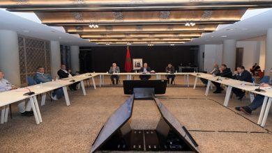 """صورة لقجع يقرر إقامة يوم دراسي بين الأندية وممثلي المديرية العامة للضرائب والـ""""cnss"""""""