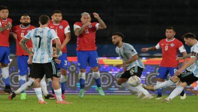 صورة رغم الركلة الحرة البديعة لميسي.. تشيلي تفرض التعادل على الأرجنتين في كوبا أمريكا -فيديو