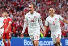 """صورة بخدمة من بلجيكا.. الدنمارك تنتصر على روسيا برباعية وتعبر إلى الدور الـ16 من """"اليورو""""- فيديو"""