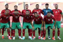صورة نجم المنتخب المغربي يحضر مواجهة الرجاء الرياضي ونهضة بركان -فيديو