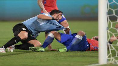 صورة سواريز ينقذ الأوروغواي ويفرض التعادل على التشيلي- فيديو