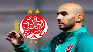 صورة مبديا مناصرته للرجاء.. نجم المنتخب المغربي يبارك للركراكي انضمامه للوداد- صورة