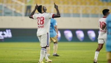 صورة بعد انتقاده.. مالانغو يسجل أولى أهدافه مع الشارقة- فيديو