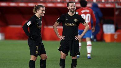 صورة لاعبو برشلونة سعداء بعد رحيل أحد نجوم الفريق